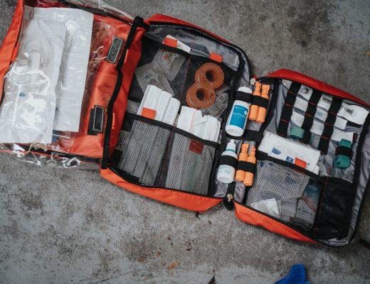 essential-skills-lifesaving-wilderness